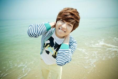 u_kiss-soohyun-20120626-005-rita